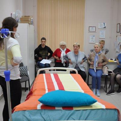 В ГАООРДИ прошла Школа по физической терапии для соцработников
