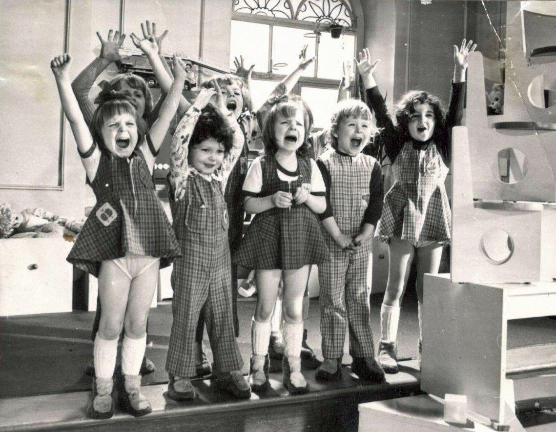 Кадры из фильма «Усатый нянь» (1977) режиссера Владимира Грамматикова, в котором Андрей Пискунов снялся в 4 года